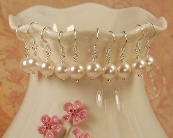 Demoiselle d'honneur boucles d'oreilles perle, cadeau de demoiselle d'honneur, demoiselle d'honneur bijoux, boucle d'oreille perle, lot de cinq paire, Swarovski 8 mm Ivoire perle, argent Sterling