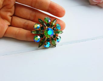 Jewerly gold tone pin with green crystal Vintage brooche with green rhinestone Star gold richly pin with stone Vintage 1960