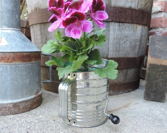 Vintage Flour Sifter Bromwell's 5 Cup Sifter featuring Black Knob Handle 1950's