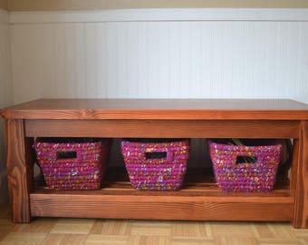 Odette Entry Bench