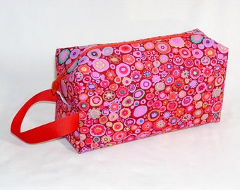 Paperweight on Coral Project Bag