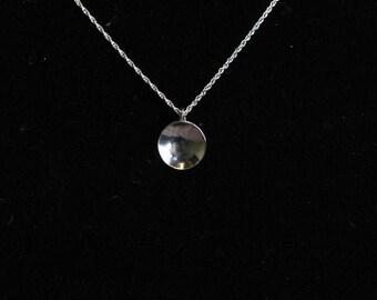 Small silver disk neckalce