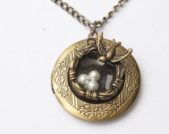 Silver Bird Nest locket Necklace , Three Bird Nest locket Necklace, Mother Necklace Bird