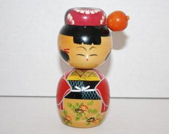 Japanese Traditional Vintage Wood Kokeshi Doll Bobble Rotating Head Hand Painted
