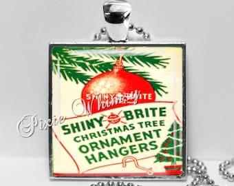 VINTAGE CHRISTMAS ORNAMENT Hangers Pendant Necklace, Christmas Ornaments, Vintage Christmas Nostalgia, Christmas Ornaments Hooks