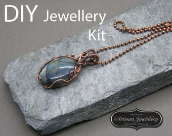 Wire wrapped jewelry tutorial ~ Wire wrapped cabochon tutorial ~ Wire wrapping ~ Wire wrapping instructions ~ Stocking filler jewelry kit ~