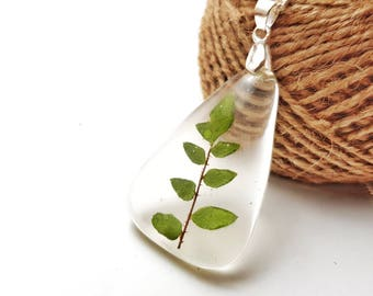 Nature Necklace, Resin Necklace, Nature Lover, Botanical Necklace, Fern Necklace, Forest Jewellery, Pressed Flower Jewellery