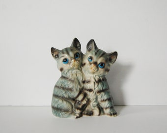 Cat Figurine, Ceramic pair of kittens hugging, Kitsch Black and Gray Felines Figure