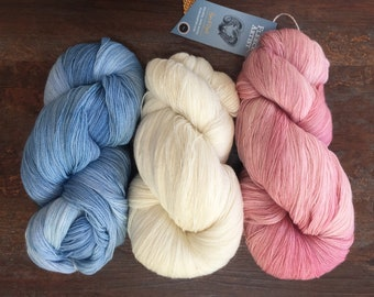 Fleece Artist SALDANHA Lace Yarn +Patterns Shown 23.95 +1.99ea Ship 872yd 100g Hand Dyed Superwash Merino Wool. Jacobean Blue-Natural-Rose.