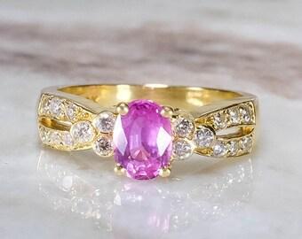 18K Yellow Gold 1.36ctw Created Pink Sapphire Gemstone Ring w/ Diamond Accents