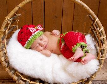 Crochet baby watermelon hat and capris, baby prop, newborn prop, baby shower gift