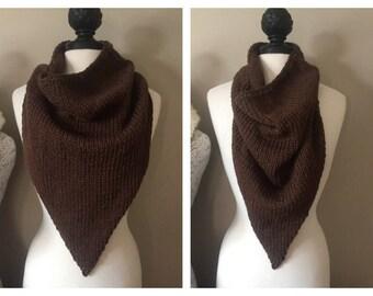 """Knit """"Mind the Gap"""" Kerchief Cowl Pattern"""