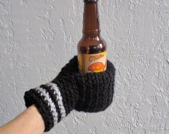 Beer Mitten / Beer Glove / Black and Gray / Beer Gift / Drinking Glove / Tailgating / Ice Fishing / Football / Hockey / Team Colors