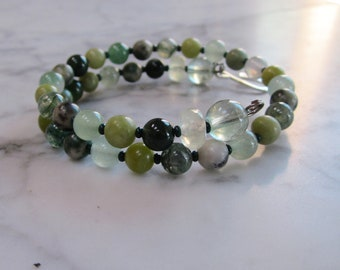 Luck, Success and Prosperity, Natural Green Stone and Crystal Heart Chakra Healing and Balancing Bracelet