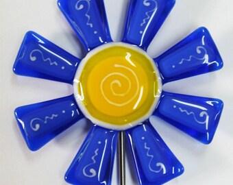 Glassworks Northwest - Brilliant Blue and Blue Flower Stake - Fused Glass Garden Art