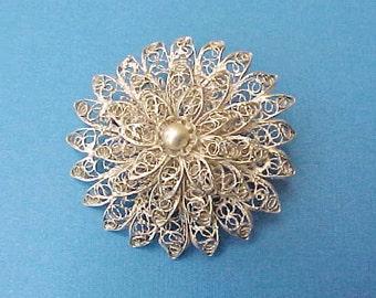 Lovely Intricate Vintage Filigree Silver Flower Brooch