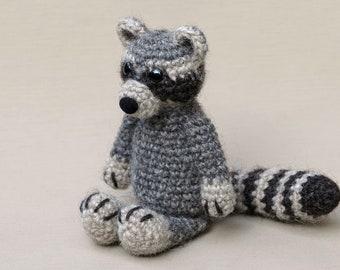 Crochet amigurumi raccoon pattern
