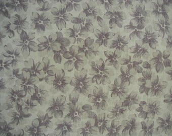 Bed Sheet, Waverly Garden Room with Violets, 1 Flat Sheet,  Floral Print, Violet on White Ground, Single Flat Sheet