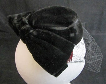 Black Velvet Fascinator Vintage 50's Big Bow and Net by Miss Sally Victor New York