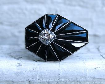 Vintage Art Deco Platinum Diamond Onyx Ring Engagement Ring.