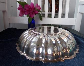 Vintage  Jello  or Cake Mold.  Silver Plate  copper Mold .Scalloped Edge Silver Plate Bowl .  Unique Mold .  1950  jello Mold . Silver Plate