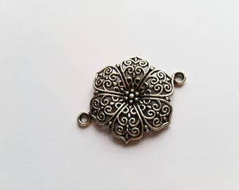 Flower connector silver plated charm