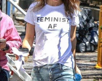 FEMINIST AF T-shirt - Feminist  T-shirt / Premium Quality ! - Made in London / Fast Delivery to the Usa , Canada , Australia & Europe !
