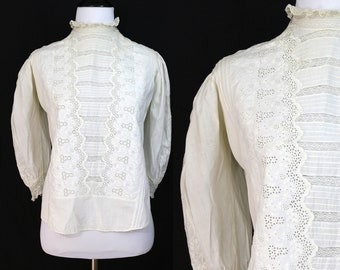 Vintage Early 1900's Edwardian Shirtwaist Blouse with Pintucks and Lace/ Size XS / X-Small