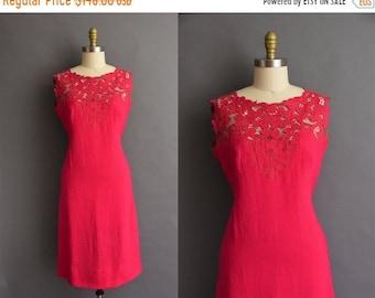 25% OFF SHOP SALE..//.. vintage 1950s vibrant fuchsia pink cutout linen dress 50s vintage Large floral pink wiggle dress