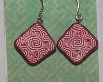 Red and Pink Spiral Geometric Design Lightweight Polymer Clay Earrings by Carol Wilson of Je t'adorn