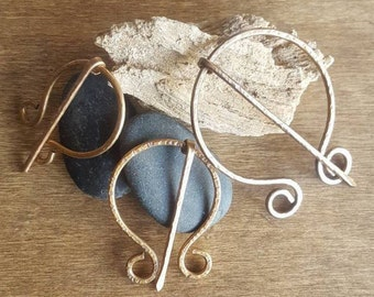Bronze Shawl Pin, Penannular Brooch   Hand Forged Cloak Pin   Celtic Penannular Pin   Sweater Pin Scarf Pin Medieval Viking Antique Bronze
