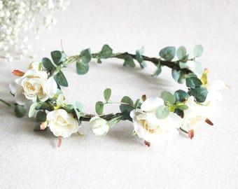 White Rose Flower Crown and custom rose flower bracelet Beach Flower Headpieces ivory Bride Natural Flower Halo Hair Accesories