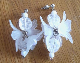 White floral silver earrings