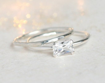 diamond ring set / emerald cut cz diamond ring and wedding band in sterling silver. engagement ring. wedding rings. diamond rings minimalist