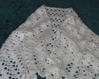 Bed/Prayer Shawl - White