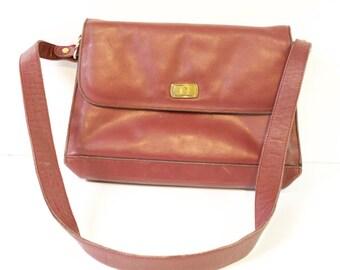Vintage Etienne Aigner Burgundy Leather Purse