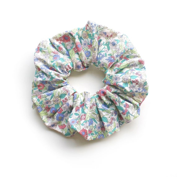 MINT GARDEN. Large Scrunchy or Scrunchie with Flowers in mint and light pastel colours.