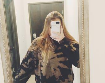black acid wash tie dye cropped crewneck sweatshirt