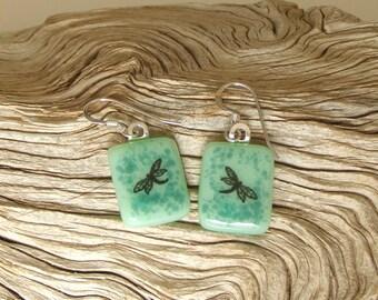 Fusible verre bijoux - libellule noir fusible verre boucles d'oreilles - vert océan et Teal verre - verre à la main bijoux