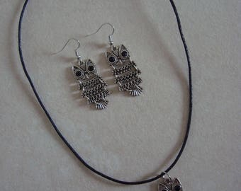 Jewelry set with articulated silver black eyed owls