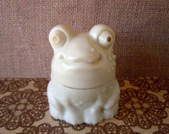 Vintage 1970's White Milk Glass Frog Toad Avon Bottle Perfume Bottle Decanter Empty To A Wild Rose Cream Sachet