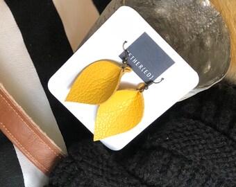 Lemon (sm) leather leaf earrings