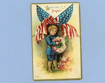 Postcard, Boy, Flag, Wreath, Lest We Forget, Veterans, Artist Ellen Clapsaddle, 1909