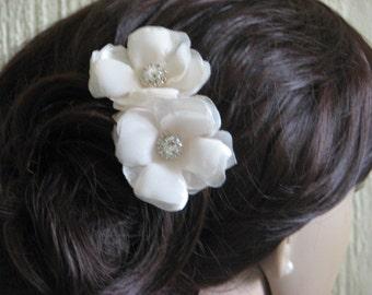 Set of 2 champagne hair pins Cream hair flower 2 cream champagne hair flower Champagne wedding Champagne hair pins Cream wedding headpiece