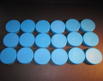 18 blue plastic mason jar lids for gifting non perishable items, fits all regular size mason jars, for covering with fabric or cross stitch