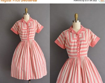 25% OFF SHOP SALE..//.. vintage 1950s pink cotton stripe full skirt day dress Small 1950s cotton shirt dress
