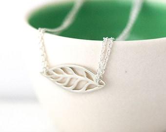 Simple Leaf Silver Bracelet / Minimalist Leaf Cutout on Dainty Sterling Silver Double Strand Chain