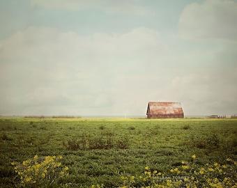 Photographie de grange rouge, décor de ferme, Country Home Decor, Decor ferme, tableau vivant de pays, Grange Photo, Art mural grand, bleu et vert
