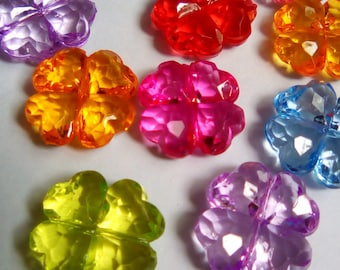 10 pucks acrylic clover beads multicolor clear 17mm