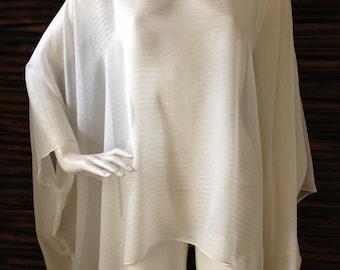 Caftan Top/Cream Sheer Silk with Silver Metallic Thread